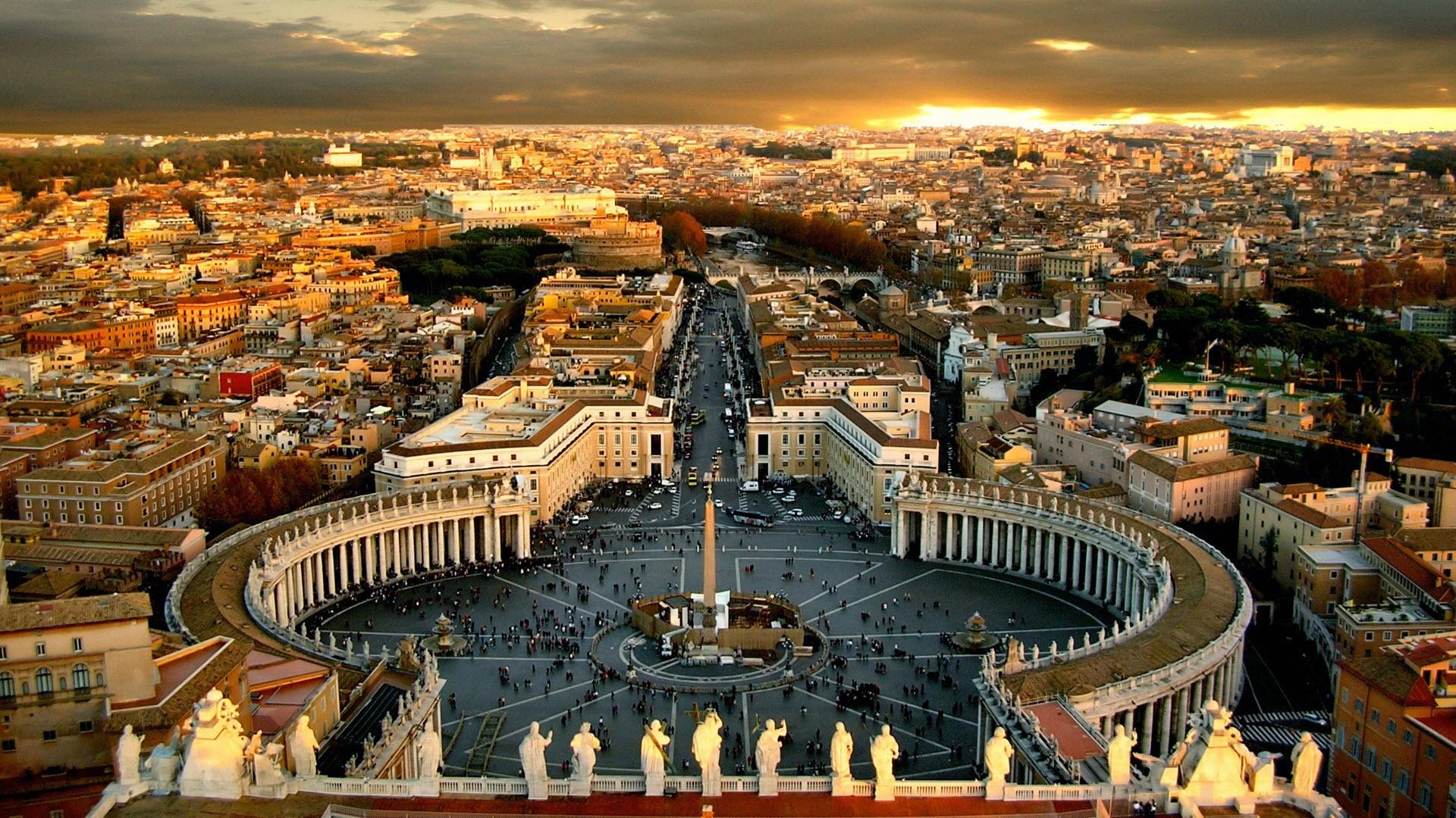 Італія, містами святих