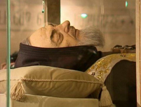 Тіло Падре Піо буде вперше виставлено у базиліці Святого Петра