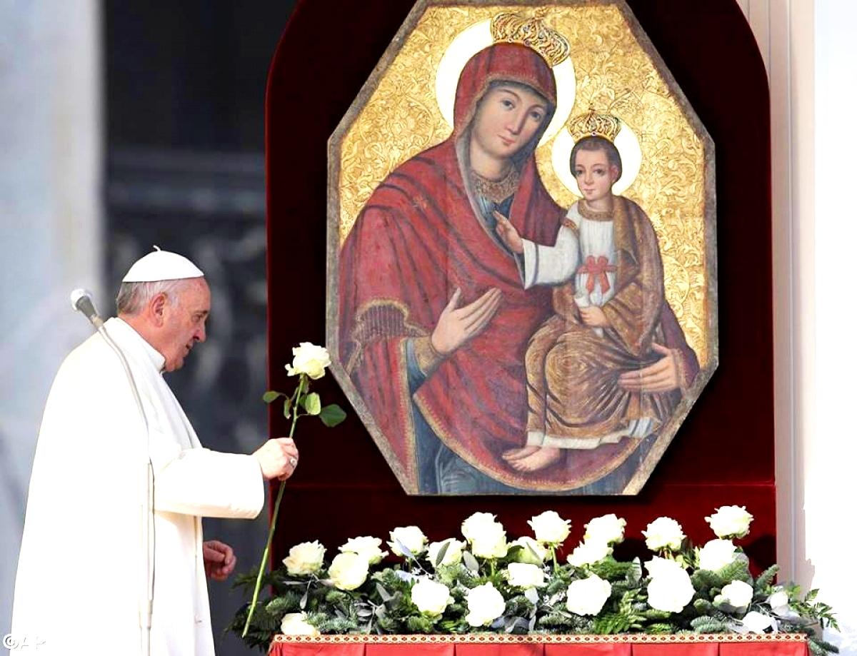 Чудотворна ікона «Милосердя двері» перебуватиме в Україні