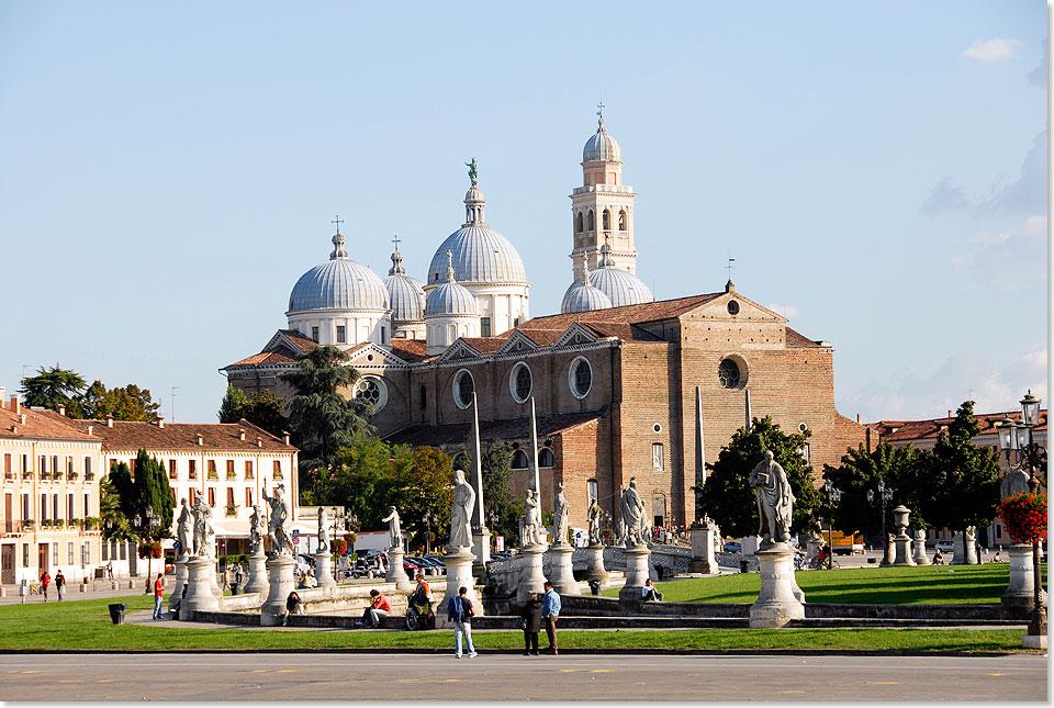 12325-WG-Po-Padua-Basilika-Justina-008