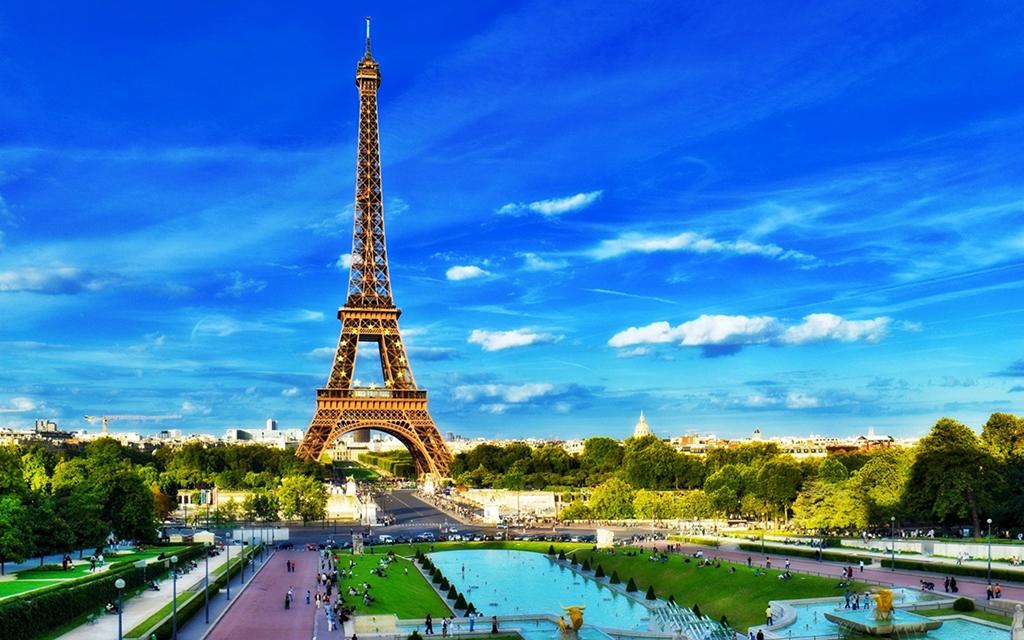 У Париж до Тернового вінка
