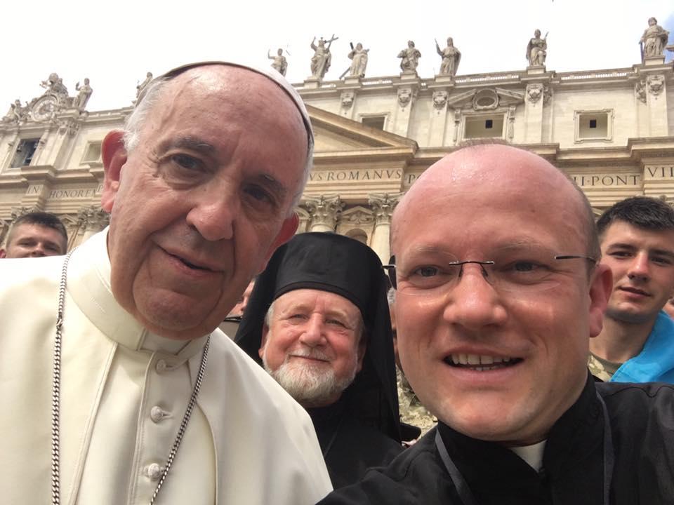 Папа Франциск: не перестаю молитися за мир в Україні