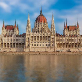 Весняний Будапешт, Відень та Прага