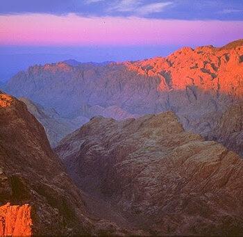Гора Синай з відпочинком на морі в Єгипті